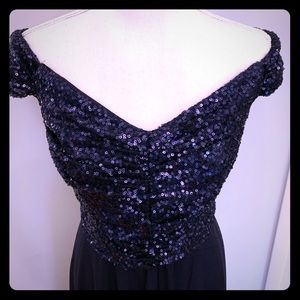 Beautiful navy sequined even gown!